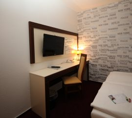 Toaletka, panel tv, meble hotelowe