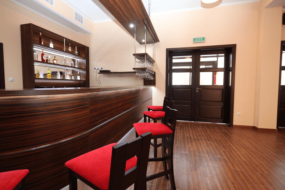 Bar hotelowy, meble, produkcja