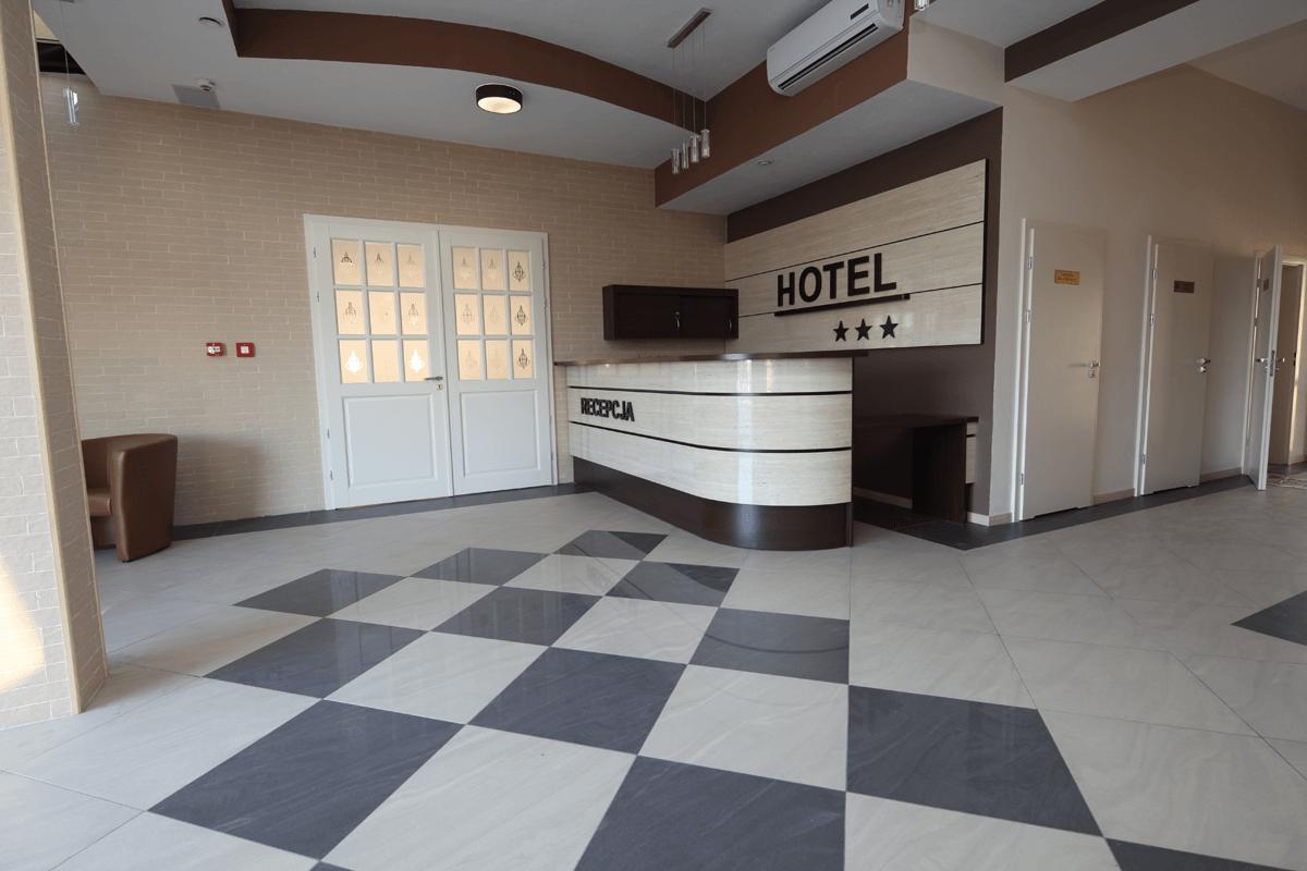 Recepcja hotelowa, produkcja mebli