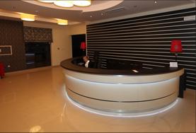 Szafy hotelowe od Furnimeb