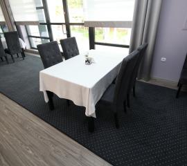 Hotel, stoly, restauracja