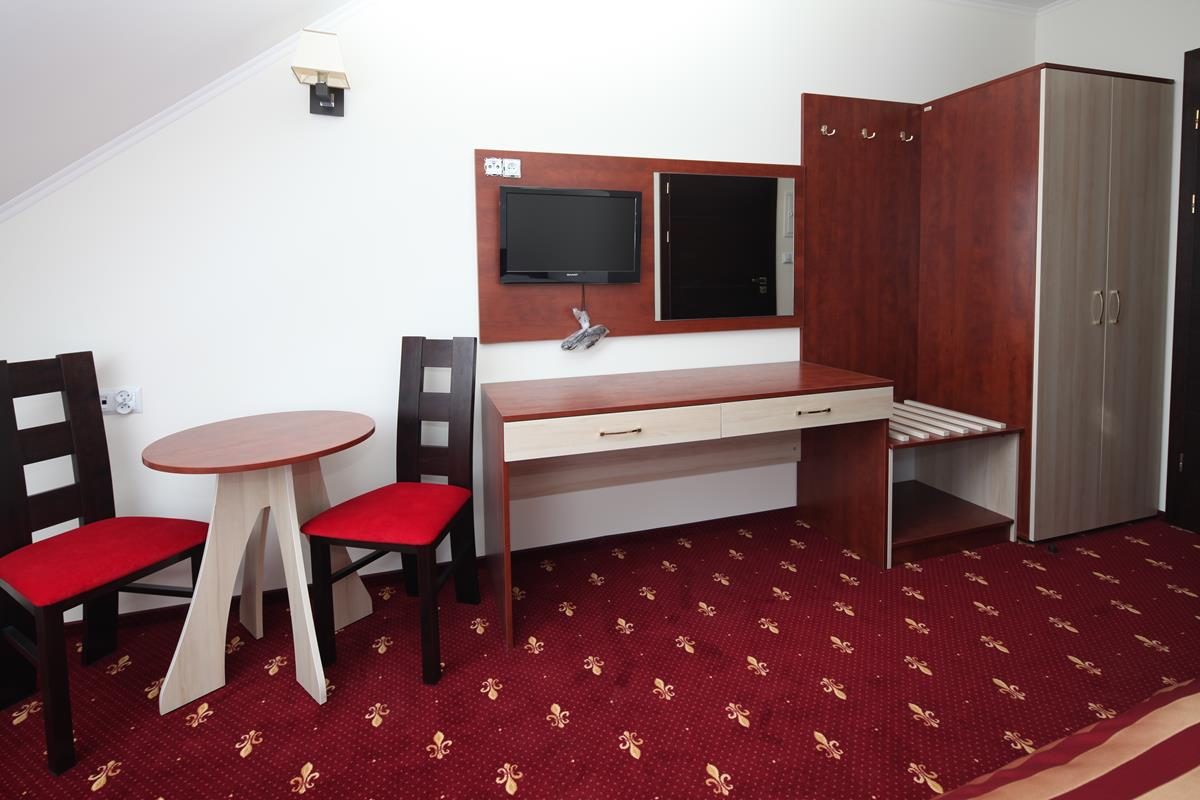 Toaletka, meble hotelowe, panel tv, panel lustra