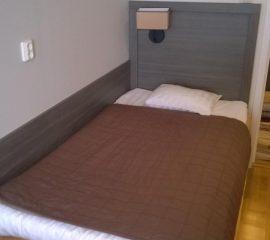 Lozko pojedyncze, zaglowek pojedynczy, panel boczny meble dla hotelu